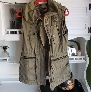 Walter Baker Sherpa Anorak Army Green Vest Small